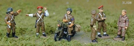 AB FIGURES BLA38  British Military police  1:76