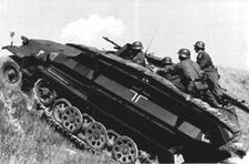 TRIDENT 90397  Sd.Kfz.251/7  Ausf.C  NIEUW  1:87