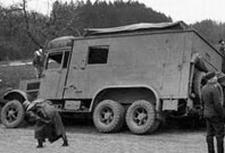 TRIDENT 87175  Krupp Kfz.72  NIEUW  1:87