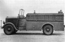 ARSENAL 77  Opel KSZ 8  Brandweer manschappenwagen  1:87